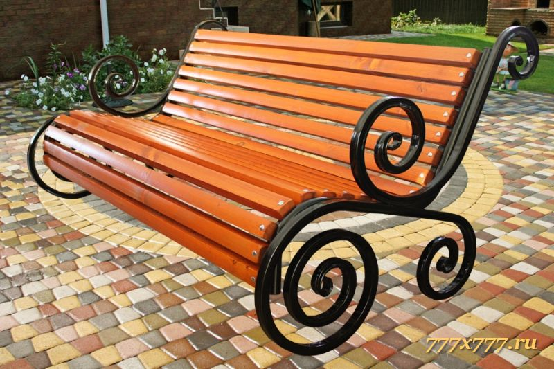 Скамейка садовая качалка