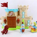 Замок, 2 фигурки и аксессуары,  Мой маленький мир, свет звук